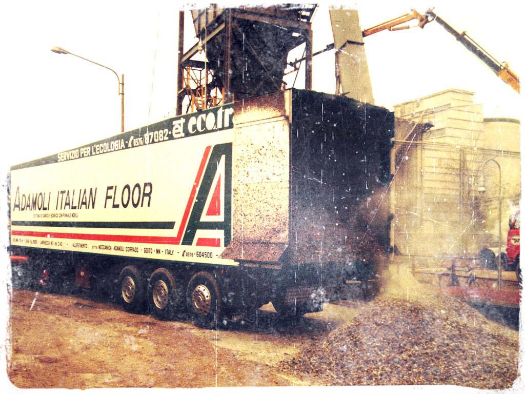 Semirimorchi trasporto rifiuti con pianale e fondo mobile for Nuovi piani domestici americani